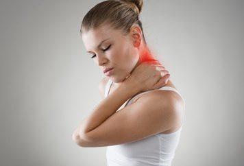 Physiotherapie - Rückenschmerz, © Stasique / Fotolia.com