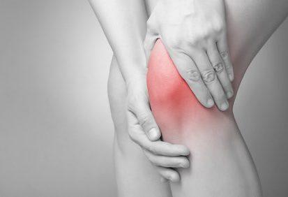 Physiotherapie - Knieschmerz, © Von Schonertagen / Fotolia.com